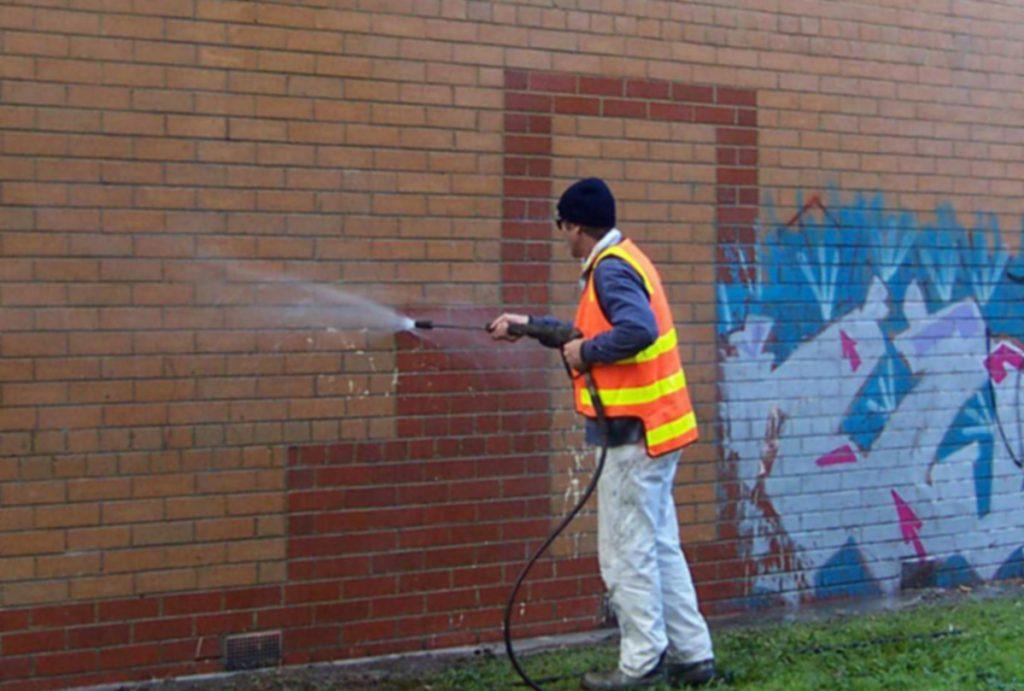 grafitti removal manchester